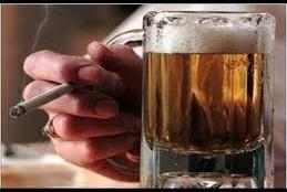 आठ वजहों से महिलाओं  अपने शराबी पति से ग्रस्त रहती है.