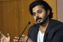 क्रिकेटर श्रीसंथ क्रिकेट खेलने के लिए दूसरे देश जाने की तैयारी कर रहा है………….