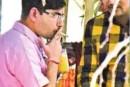 सिगरेट पीना पड़ा महंगा- BDO रविरंजन सस्पेंड।