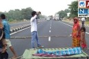 मुजफ्फरपुर: मोतिहारी एनएच-28 पर शव के साथ ग्रामीणों का प्रदर्शन।
